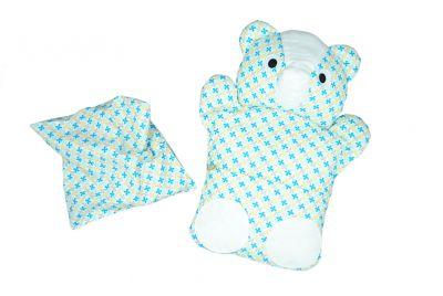 Medvídek s kapsou a třešňovými peckami